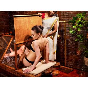 Detoxikačné, zoštíhľujúce, spevňujúce a vyhladzujúce procedúry s masážami