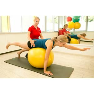 Fyzioterapeutické vyšetrenie a individuálne cvičenia v súkromnom zdravotníckom centre Hippokrates