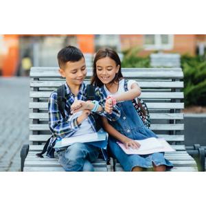 Inteligentné hodinky Smart Watch, Bass V8 alebo detské hodinky s GPS lokalizáciou a HD displejom