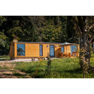 Mobilné domčeky v prírode na okraji lesa s raňajkami (pre dvojice aj rodiny)