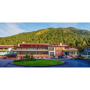 Neobmedzený raj na Liptove v ALEXANDRA WELLNESS HOTELi*** + s procedúrami, wellness, bazénom a polpenziou
