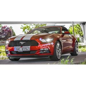 Nezabudnuteľná jazda na prenajatom Mustangu Cabrio