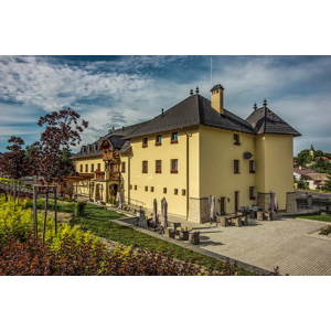NOVINKA: Leto plné zážitkov v Chateau Hunting *** s privátnym wellness, e-bicyklami a pozorovaním zveri