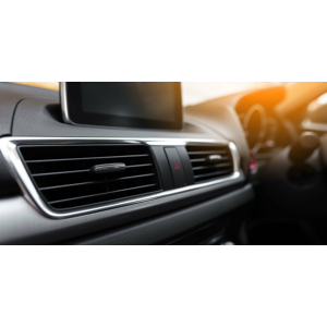 Plnenie a servis klimatizácie auta