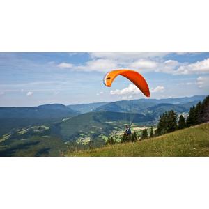 Rýchly 1-dňový kurz paraglidingu pre 1 alebo 2 osoby v krásnom prostredí Nízkych Tatier