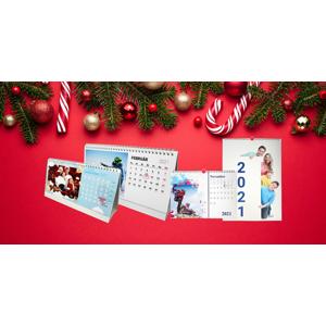 Stolový alebo nástenný fotokalendár s vlastnými fotografiami s osobným odberom ZADARMO až v 39 predajniach FaxCOPY