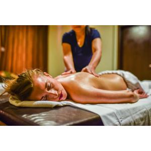 Vstup do wellness a thajská masáž pre 2 osoby v BaanThai