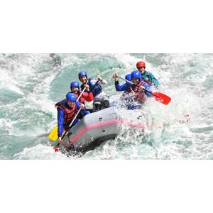 Zažite pokojný splav Váhu alebo adrenalínový rafting na olympijskom kanáli či rieke Belá