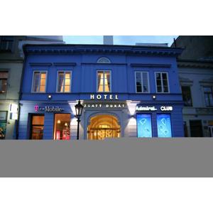 Zlatý Dukát****: Historický hotel v centre, ktorý bol súčasťou kráľovského domu